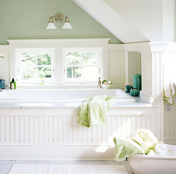 Beadboard gritte jepp wohndesign berlin for Small cottage style bathroom ideas